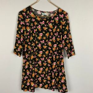 UO Kimchi Blue 90s Black 3/4 Sleeve Floral Top